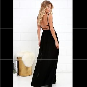 NEW - LULUS - Lost in Paradise black maxi dress
